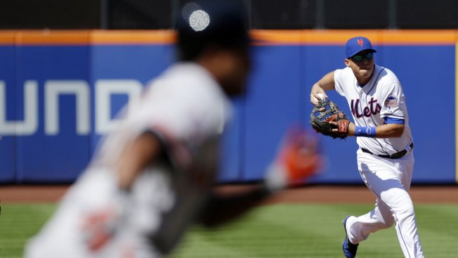 Niese Outpitched as Mets Lose to Giants 2-1