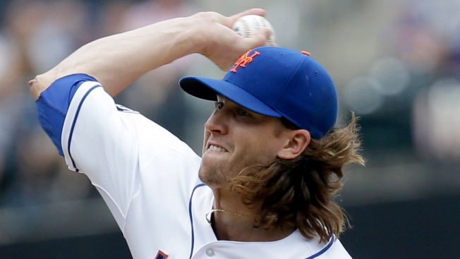 Jacob DeGrom Leads Mets at Plate and Mound in Win