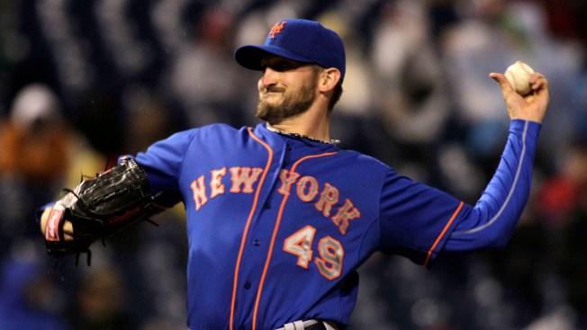 Niese, Murphy Lead Surprising Mets Past Phillies 6-1