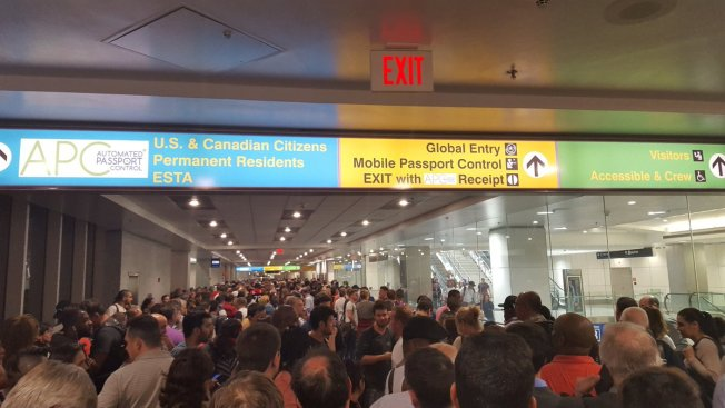 Customs at airports across country experience computer outage
