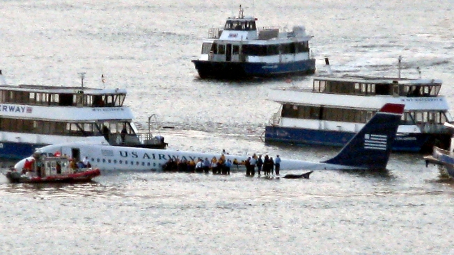 """""""Miracle on the Hudson"""" Survivors Mark 5 Years"""