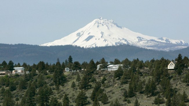 Oregon Mountain Climber Dies After Falling Into Crevasse