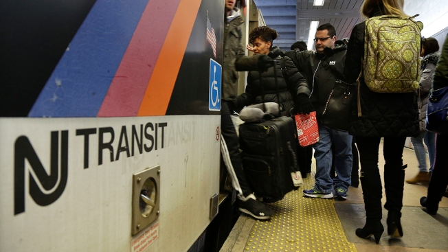 NJ Transit service suspended in and out of Penn Station