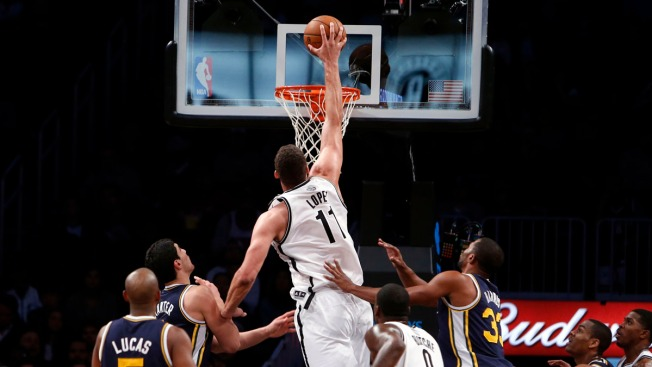 Brook Lopez Leads Nets in 104-88 Win Over Jazz