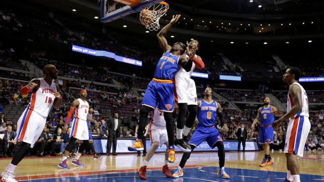 Knicks Lose to Pistons in Battle of Slumping Teams