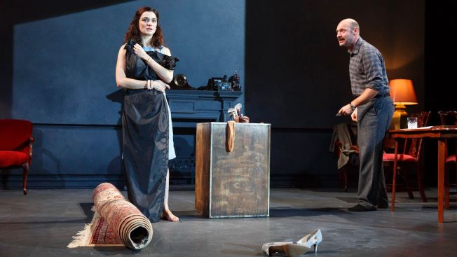 Rachel Weisz and Corey Stoll Star in David Hare's 'Plenty'