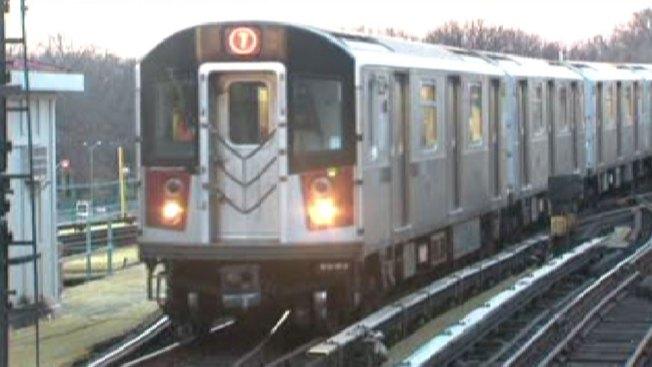 7 Train Derails Near Citi Field: MTA Officials - NBC New York