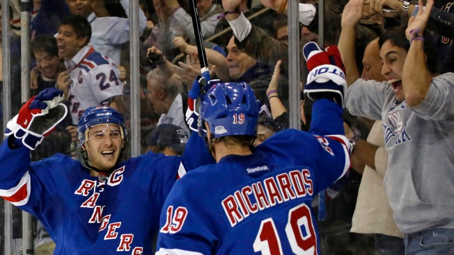 Rangers Shake off Slow Start, Upset Penguins 5-1