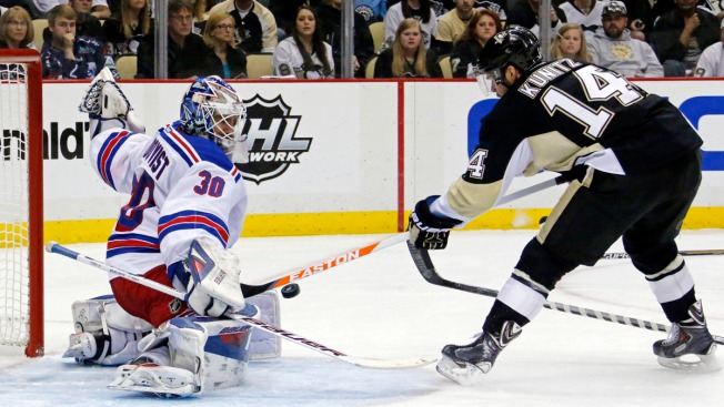 Rangers Fall to Penguins; Series Knotted Up at 1-1