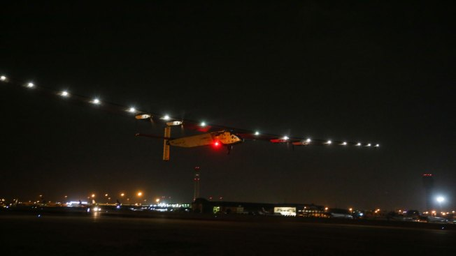 Solar Plane Leaves Cairo on Last Leg of Globe-Circling  Trip