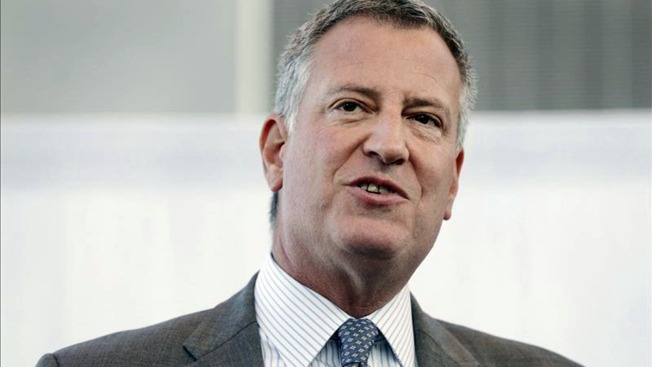Mayor de Blasio Accidentally Sends Email About Delayed Train to NY Times Reporter