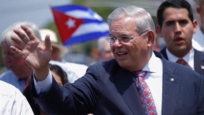 Menendez Urges Supreme Court to Toss Corruption Case Against Him
