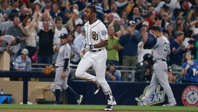 Upton's Walk-off Homer Gives Padres 2-1 Win Against Yankees