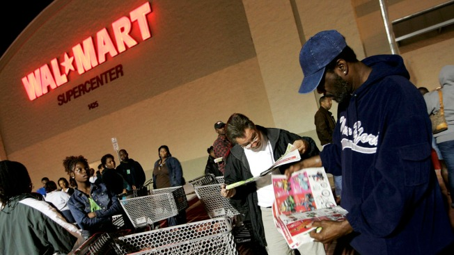 Wal-Mart Extends Black Friday Further Into Thanksgiving