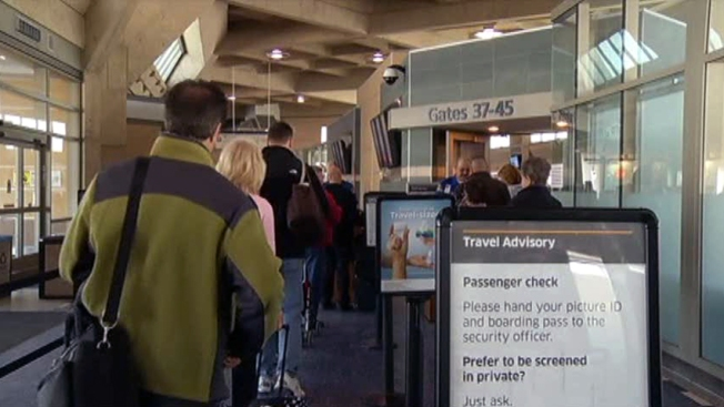 TSA Agent Accused of Stealing Money from Passenger