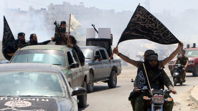 Al Qaeda Makes Comeback in ISIS' Shadow