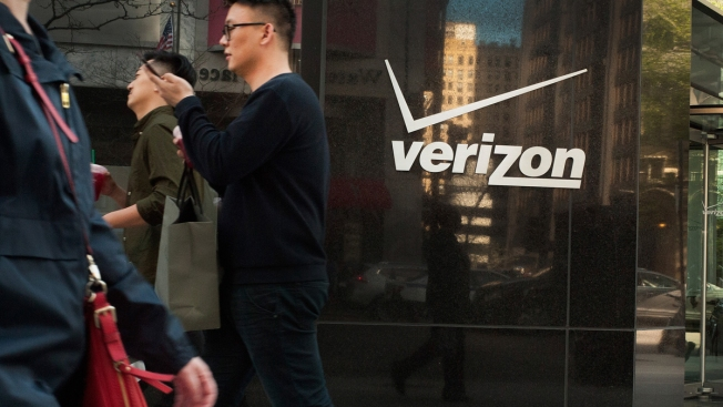Verizon Hopes to Make Digital Ad Dollars by Buying Yahoo