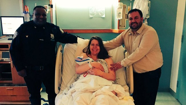 Police Officer Delivers Baby Girl on BQE: NYPD