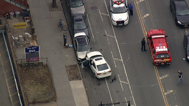 2 Kids Killed Moms Hurt By Driver Blowing Red Light NYPD