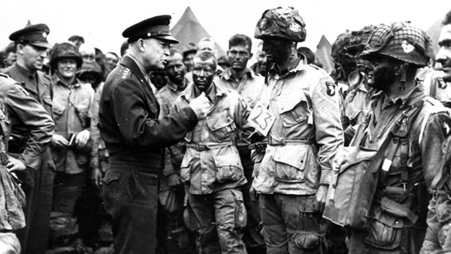 [NATL] D-Day 75th Anniversary: See Stunning Historic Photos From the Invasion