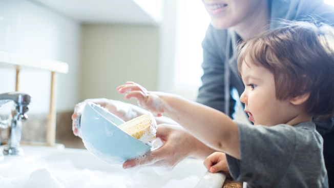 Hand Washing Dishes Could Prevent Allergies in Children, Study Finds