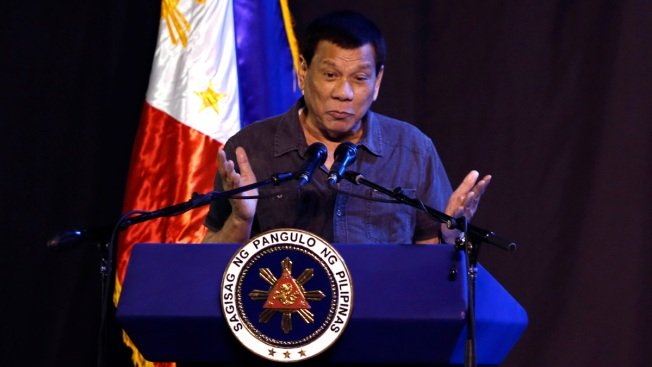 Philippine President Threatens to Return Garbage to Canada