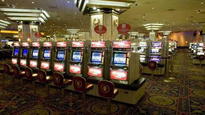 76-Year-Old Woman Robbed of $100,000 Casino Winnings in Brooklyn