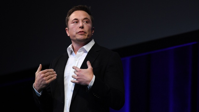 Elon Musk Says He's Sleeping on Tesla Floor, Has No Time to Go Home and Shower