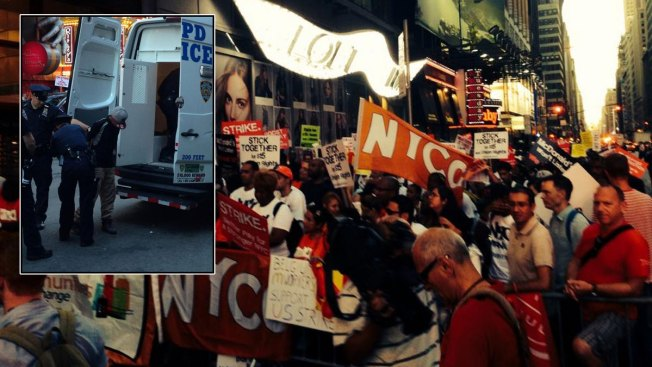 Arrests at Fast-Food Worker Protest in Times Square