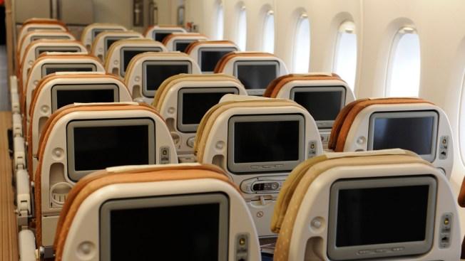 World's Longest Non-Stop Flight Got Even Longer For These Passengers