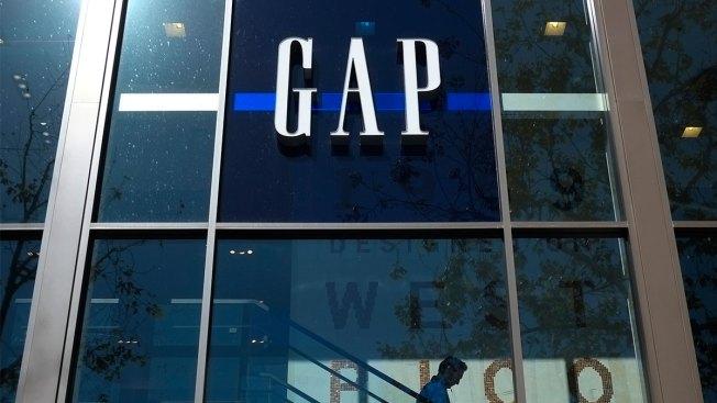 Gap to Split Into 2, Close 230 Stores