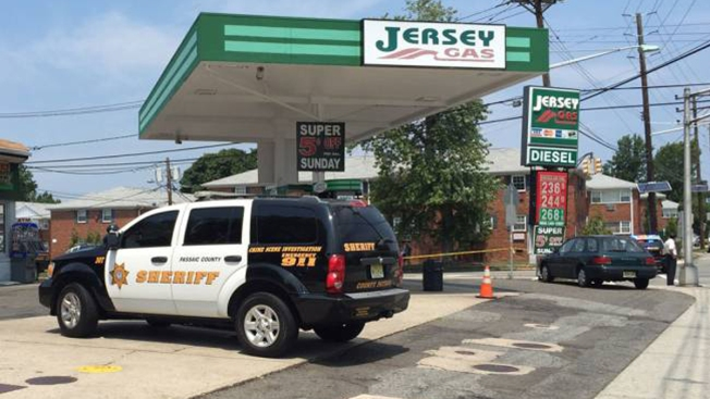 Police: NJ Gas Station Worker Dragged, Run Over During Robbery