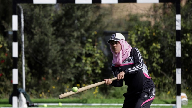 Palestinian Women Try to Bring Baseball to Gaza