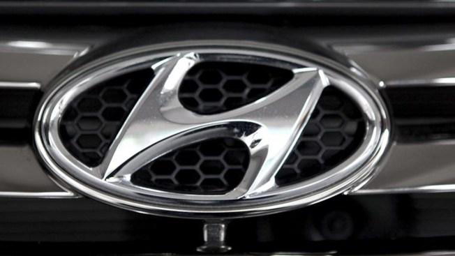 Hyundai Recalls 41,000 SUVs; Software Flaw May Stop Acceleration