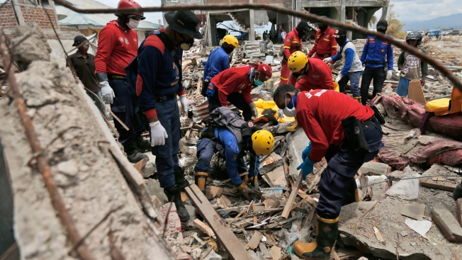Indonesia's Grim Search for Disaster Victims Nears Its End