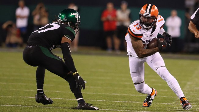 Beckham Puts on Show in MetLife Return, Jets Bow to Browns 3-23
