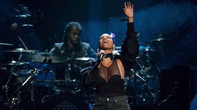 Alicia Keys to Host Grammy Awards Next Month