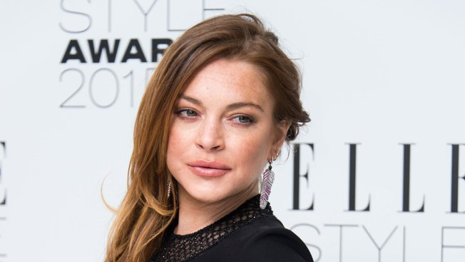 Lindsay Lohan Says She Lost Part of Finger in Boat Accident