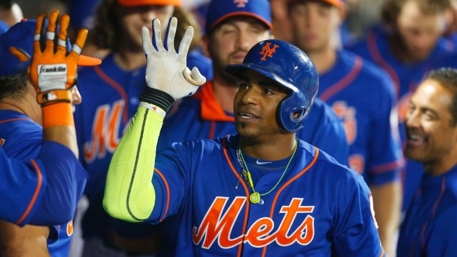 Tejada Has Inside-the-Park HR; Harvey, Mets Top Phillies 9-4