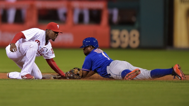 Cespedes' Fingers Bruises by Pitch in Mets' Loss to Phils