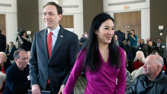 Olympic Figure Skater Michelle Kwan, Clay Pell to Divorce