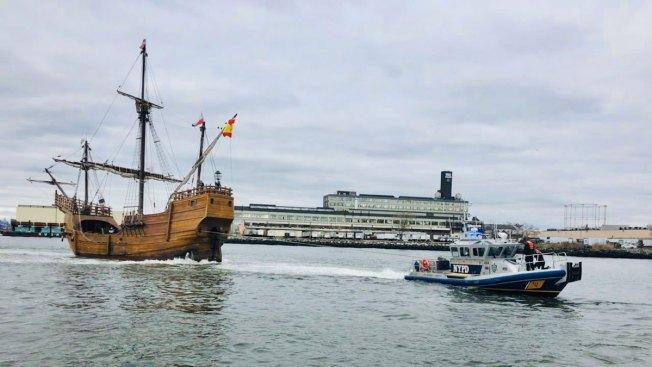Replica Pirate Ship Runs Aground in NY Harbor at Low Tide