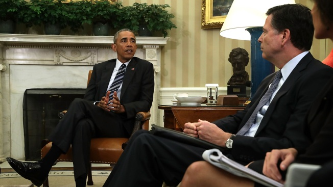 FBI Texts: Obama 'Wants to Know Everything We're Doing'