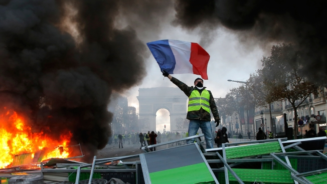 Eiffel Tower to Be Closed as Paris Braces for More Protests