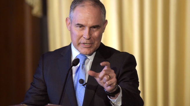 EPA Apologizes for Barring, Manhandling Reporter at Summit