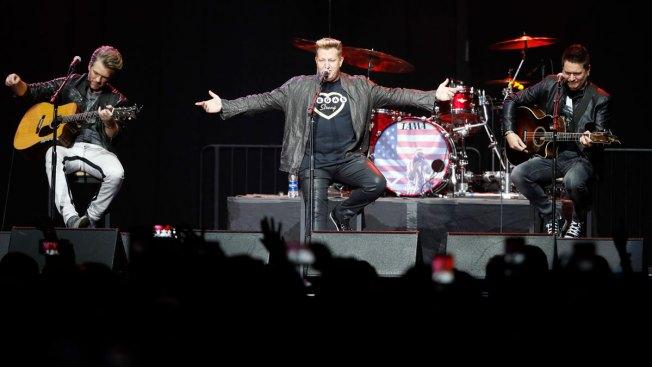 Survivors Attend Benefit Concert for Vegas Shooting Victims