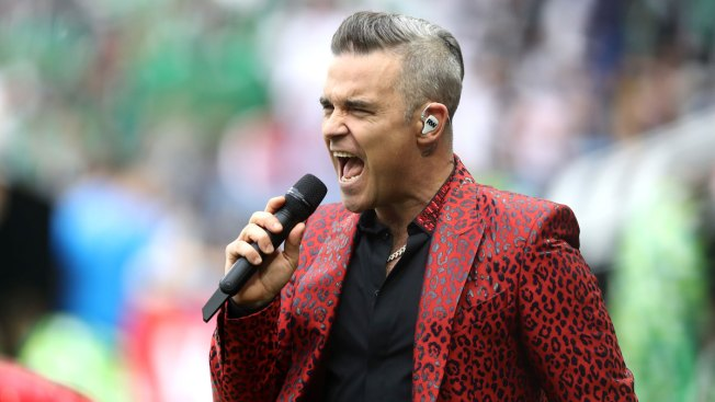 Pop Singer Robbie Williams Flips the Bird on Live TV During World Cup Kickoff