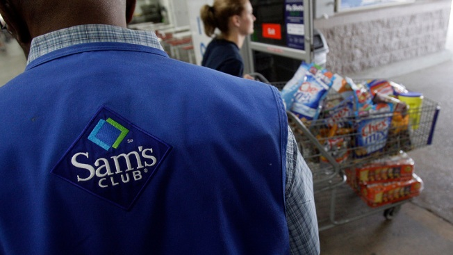 Walmart Announces Wage Hike for Some Workers, Shutters Dozens of Sam's Club Stores