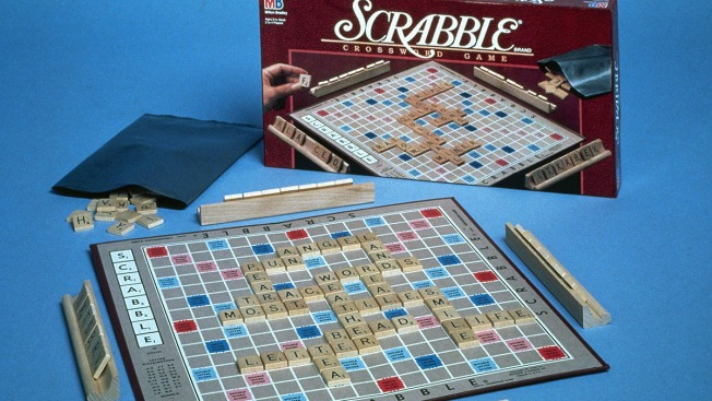 """Scrabble Adds 5,000 New Words, Including """"Selfie,"""" """"Frenemy"""""""