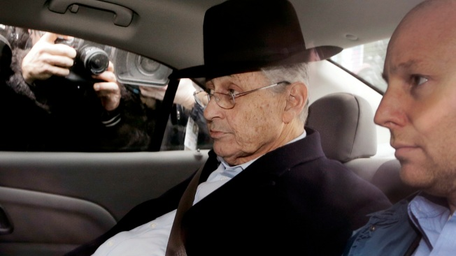 Sheldon Silver Indicted on Federal Corruption Charges
